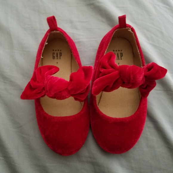 GAP Other - Toddler girl shoes